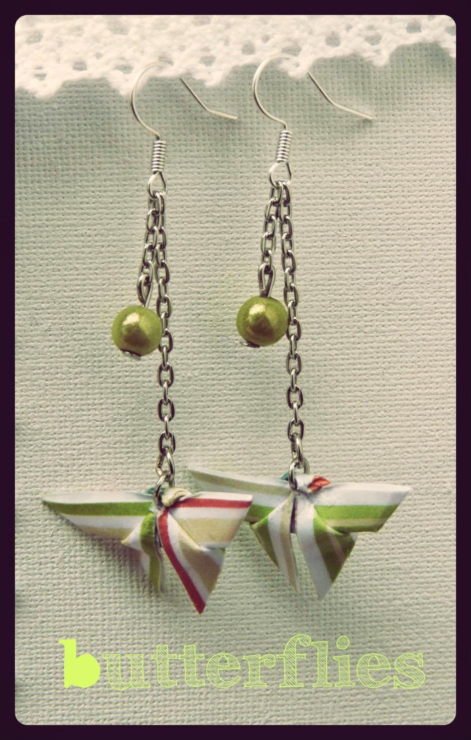 http://www.alittlemarket.com/boucles-d-oreille/fr_boucles_d_oreilles_origami_theme_butterflies_papillons_en_papier_et_petites_perles_-8215131.html
