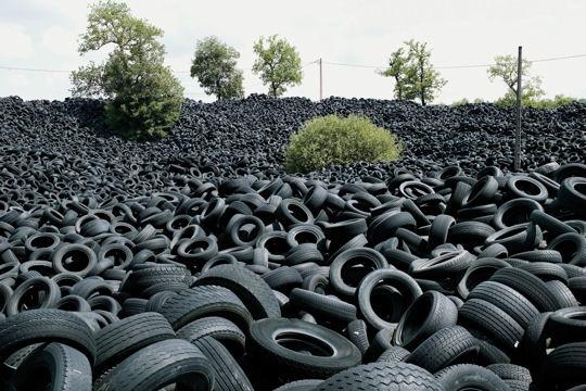 fuzu das artes fuzu das artes e ideias reaproveitamento de pneus. Black Bedroom Furniture Sets. Home Design Ideas