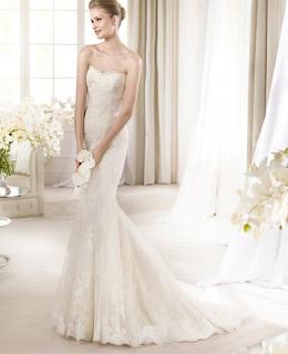 http://www.landybridal.co/trumpet-mermaid-sweetheart-court-train-ivory-wedding-dress-h5sp0170.html