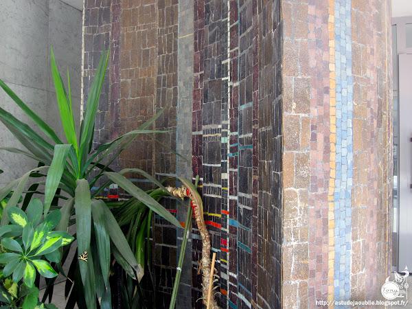 Paris - 13ème - Résidence Barrault Colonie  Architectes: Roger Anger, Mario Heymann et Pierre Puccinelli.  Maître d'ouvrage: Gretima  Mosaïques: Charles Gianferrari  Construction: 1958 - 1962
