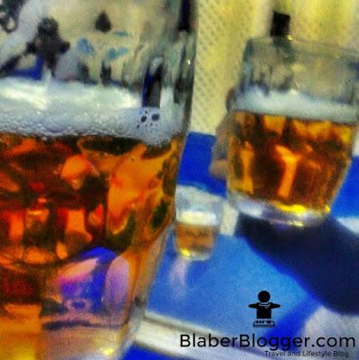 Beer at The Buzz, Darjeeling