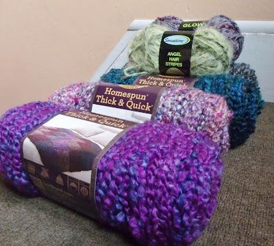 Homespun Yarn Knitting Patterns : Nuckin Futs Knitter: Yarn Love: Homespun Thick and Quick