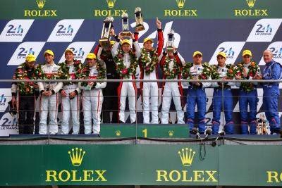 Podium DUNLOP la Le Mans