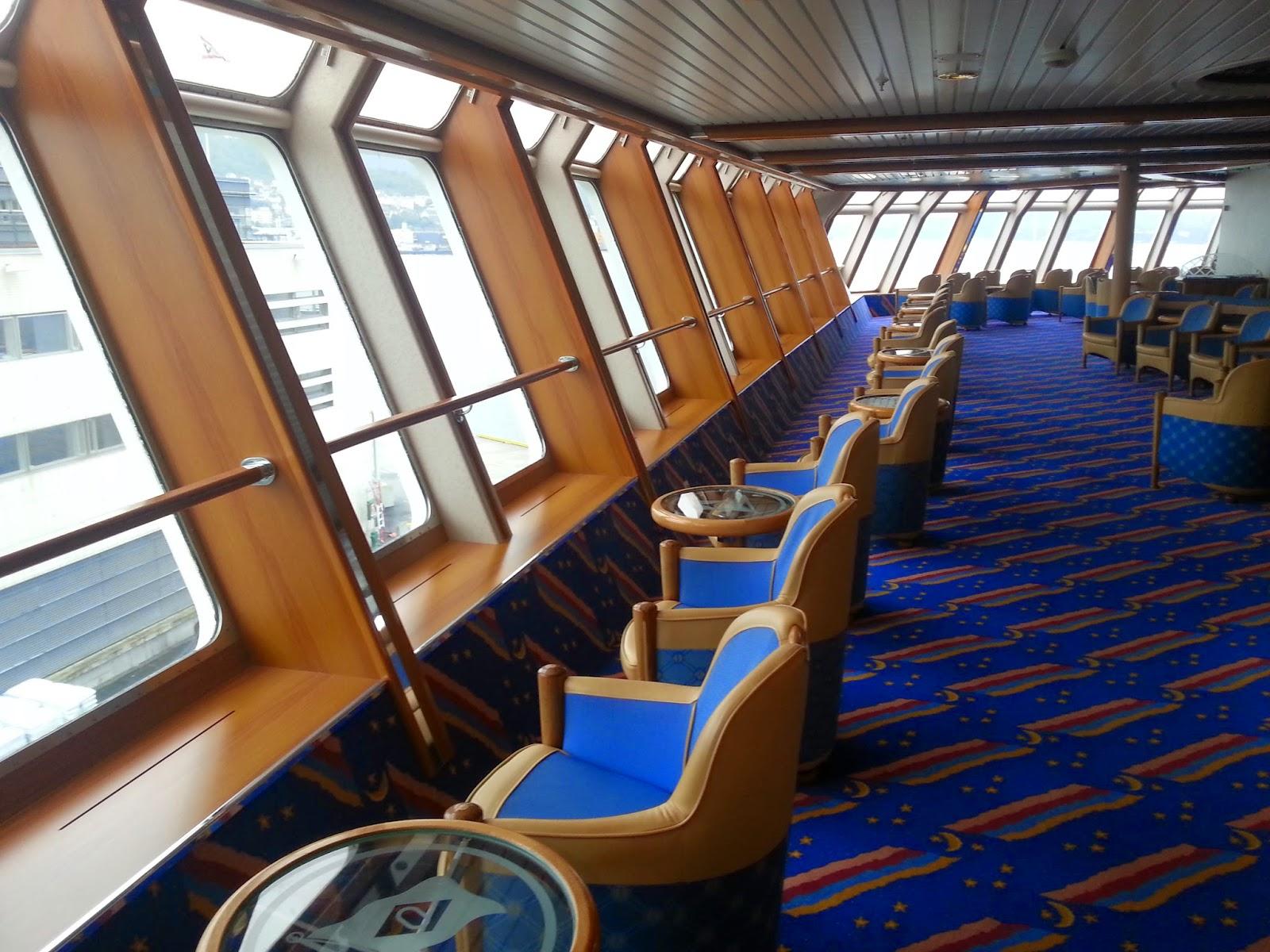 Hurtigruten MS Richard With - Horisont Panorama Lounge