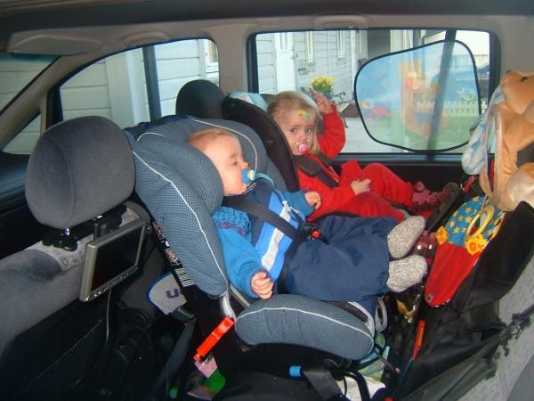 barnestol bil