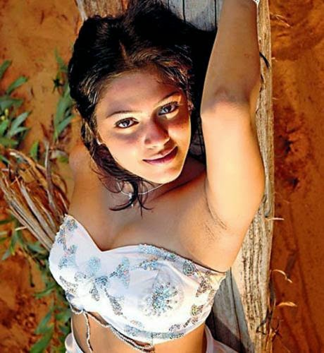Bharathi hot