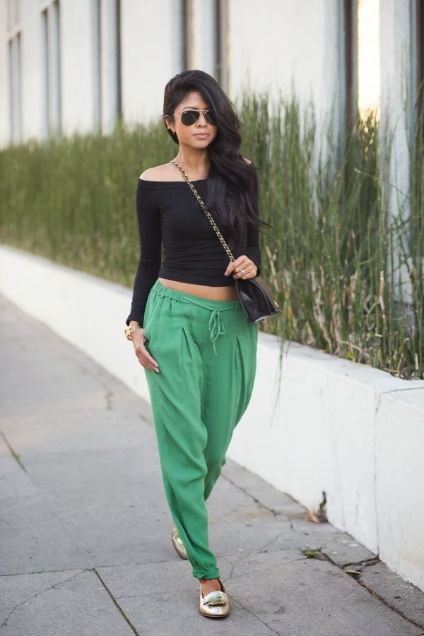 Amazing Green Comfy Pants with Short Sleeves T-Shirt, Chanel Long Bag, Moccasins and Round Glasses, Casual Style