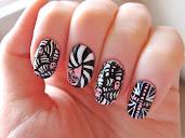 #18 Nail Art Design