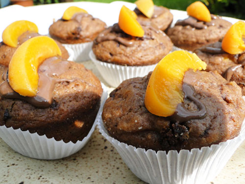meruňkovo čokoládové muffiny