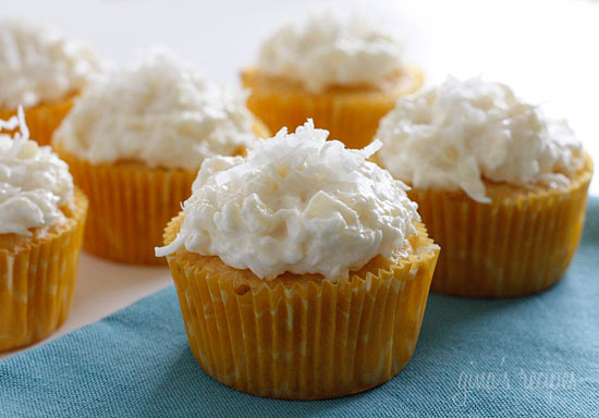 The Best Laid Plans: Pina Colada Cupcakes