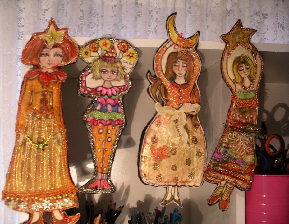Flat dolls