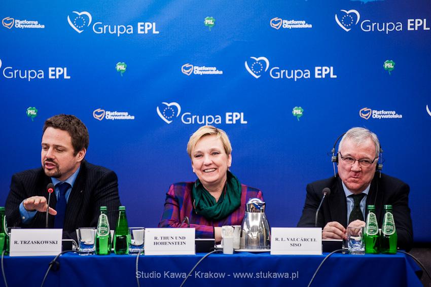 Konferencja EPP/EPL w Krakowie. Event, obsluga fotograficzna, nz. Rafał Trzaskowski i Róża Thun