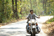 Run Raja Run Movie Stills-thumbnail-7