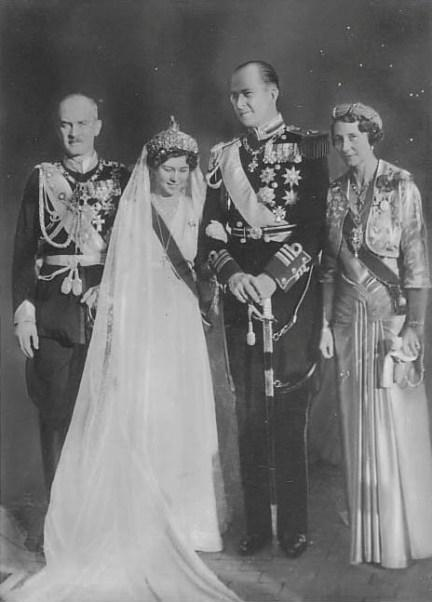 Russian Royal Wedding Dresses : The royal order of sartorial splendor wedding wednesday