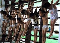 sucrimiento niños chinos