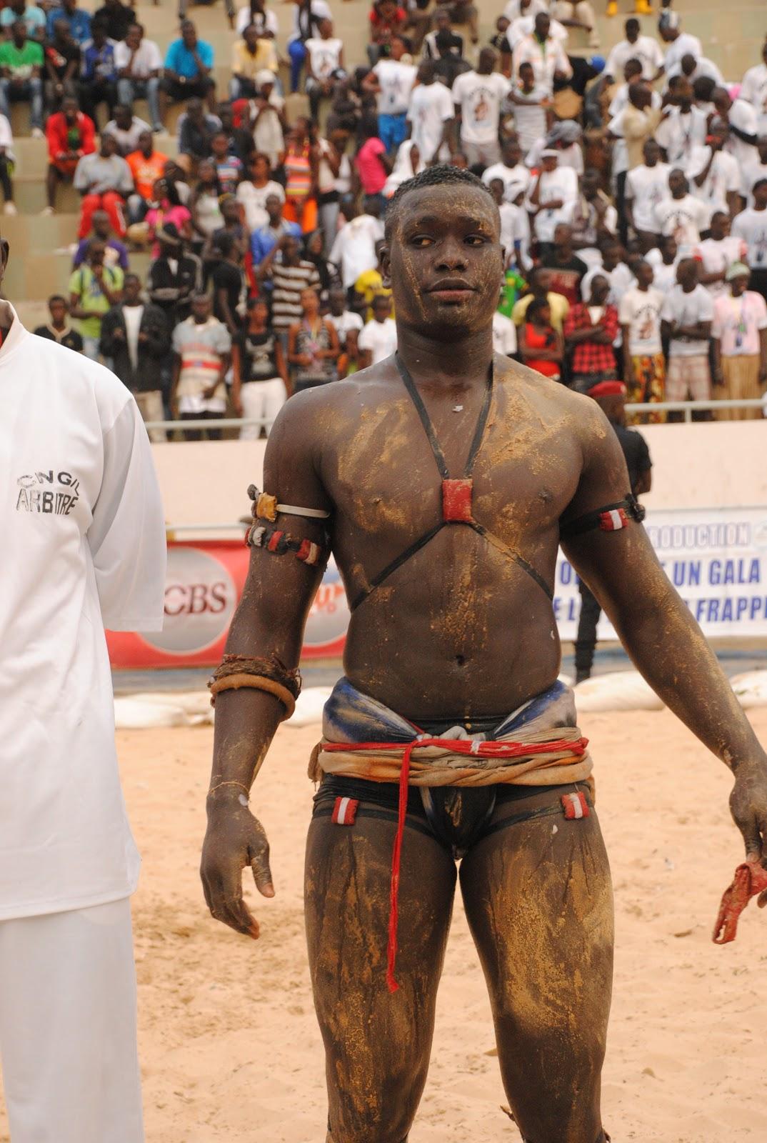 """Résultat de recherche d'images pour """"youssou ndour lutteur"""""""
