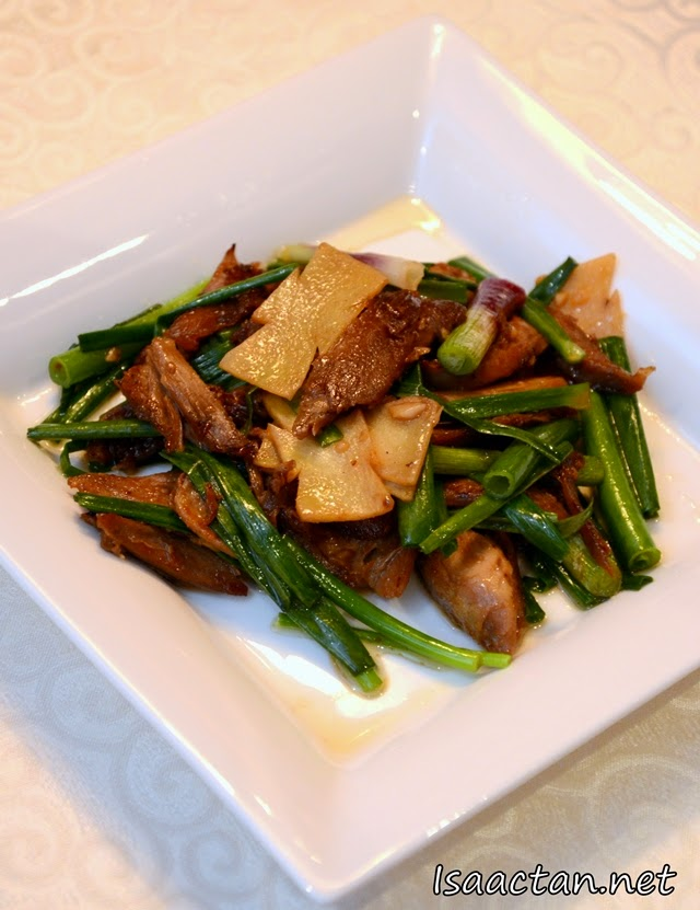 Stir fried Duck with Young Ginger and Spring Onions