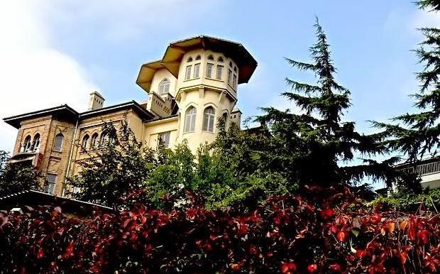 İstanbul'un Sıra dışı Binaları / Bulgur Palas