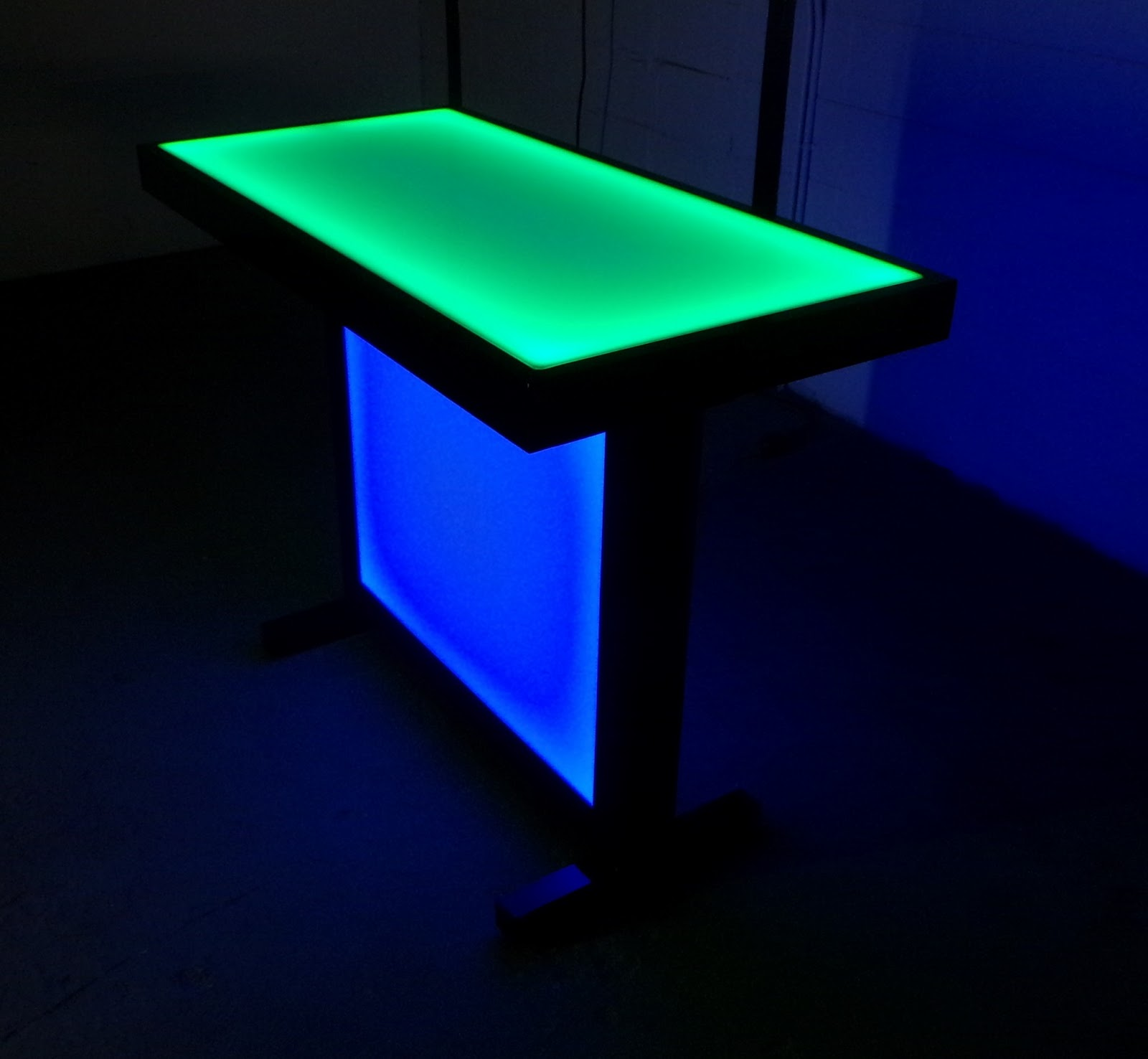 BarChefs: The party table that lights up!