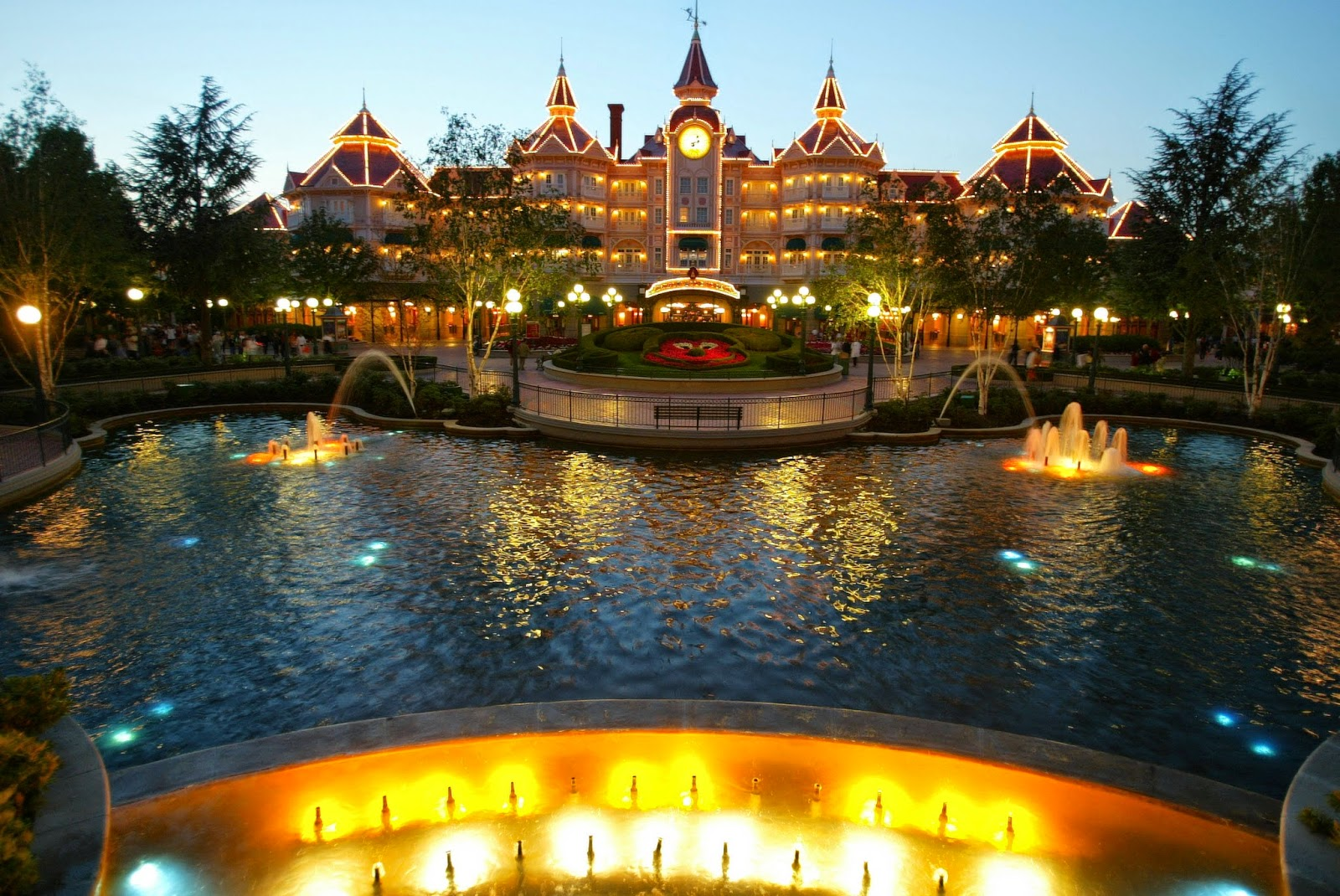 Tips to Get the Best From Your Disneyland Hotel