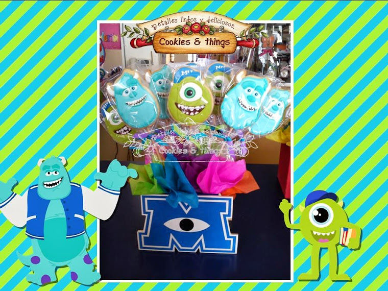 centro de mesa de Monsters University con galletas