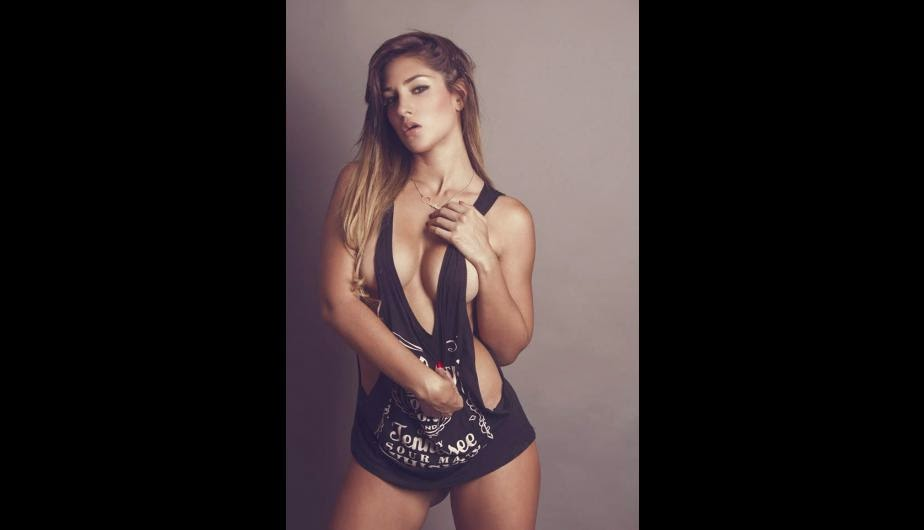 Sexy Peru Girl - Andrea Cfuentes