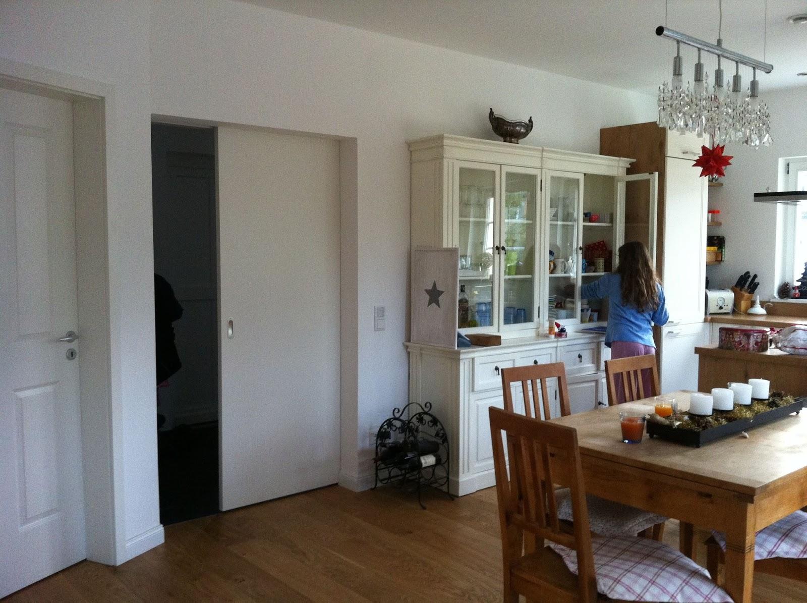 bei uns im m dchenviertel wir sind drin. Black Bedroom Furniture Sets. Home Design Ideas