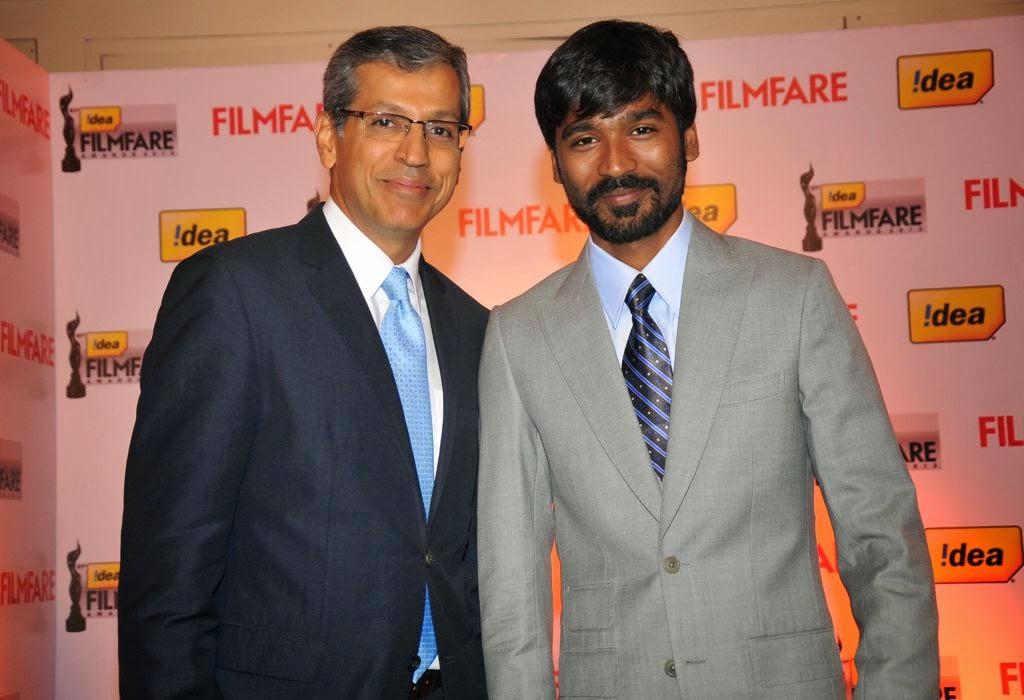 Dhanush at Idea film fare awards-HQ-Photo-11