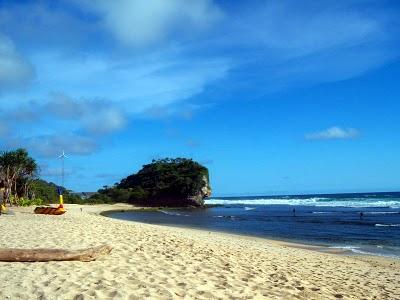 Pantai Indrayanti.... dikelola secara serius !!! Pantai-indrayanti-1