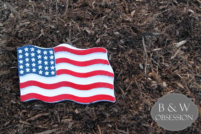 American-Flag-Garden-Stone-DIY