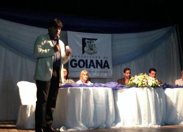 http://www.blogdofelipeandrade.com.br/2015/09/goiana-novo-projeto-de-iluminacao.html