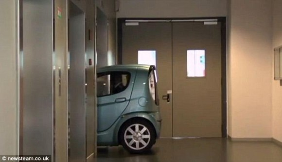 The Smallest Car in the World: That You can drive it into your room !!!