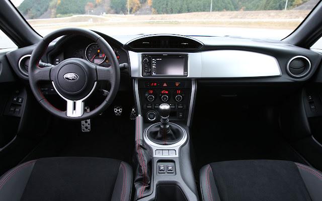 Subaru BRZ 2013 dash
