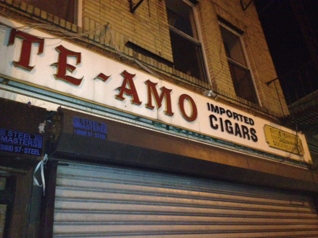 Lost City The Story Of The Te Amo Cigar Sign A New York Icon