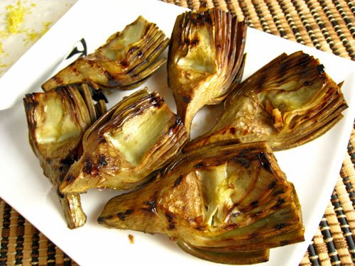 Grilled+Artichokes+with+Lemon+Aioli+500.jpg