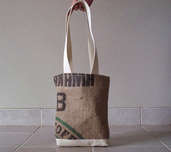 Panama tote bag front - Lina and Vi