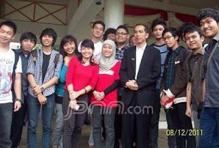 Joko Widodo bersama rakyat