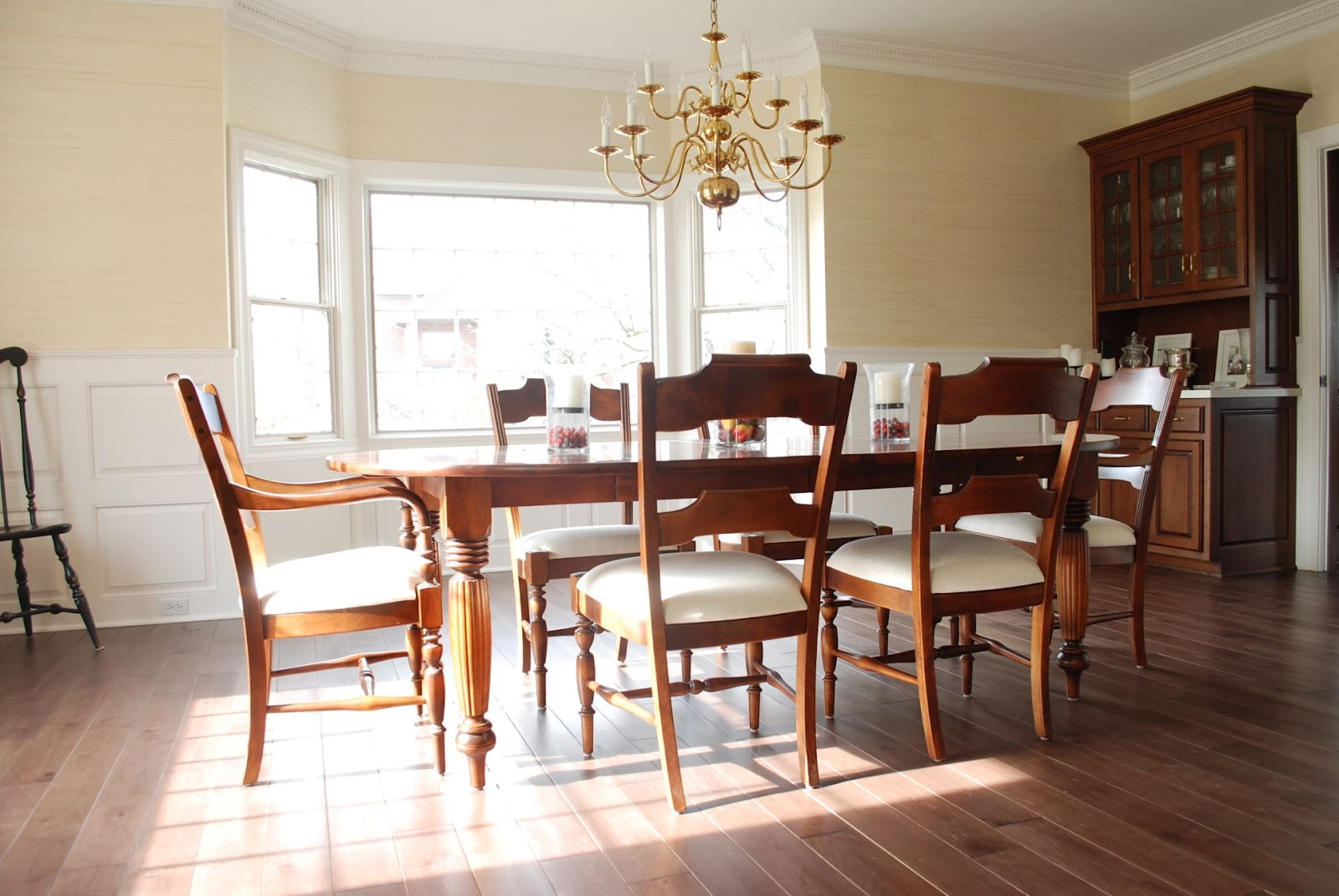 Williamsburg Dining Room Furniture