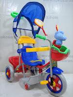 1 Sepeda Roda Tiga Family F993AT Keranjang Disko