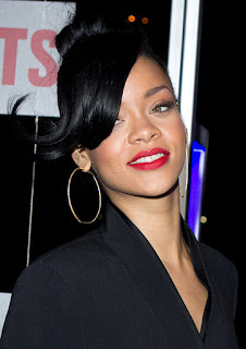 Rihanna singer beautiful