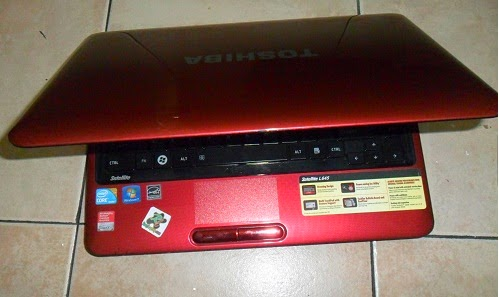 Toshiba Satellite L645 Core i3 Red