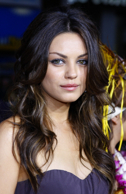 mila kunis hairstylesclass=