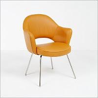 Saarinen Arm Chair reproduction in Golden Tan