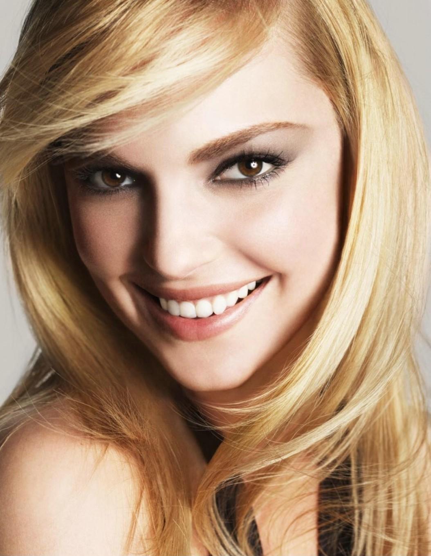 http://4.bp.blogspot.com/-cBuZGO_B2jo/UY9eqHqsuBI/AAAAAAAAKZg/DID9cQKUAsw/s1600/Katherine-katherine-heigl-1576263-1054-1360.jpg