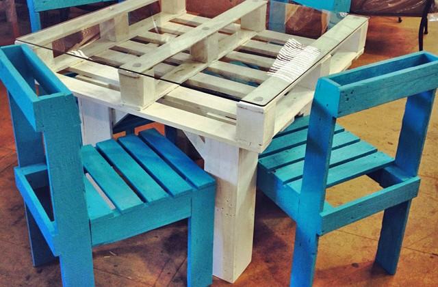 Diy un salon de jardin en bois de palette initiales gg - Salon de jardin palette tuto ...
