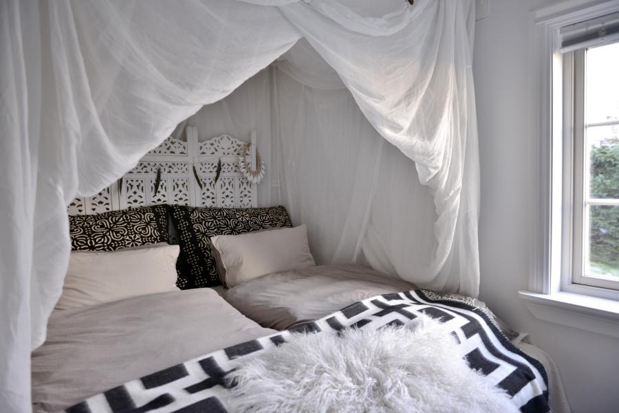 Vi har antakelig et av Norges minste soverom! Soverommet vårt er så ...