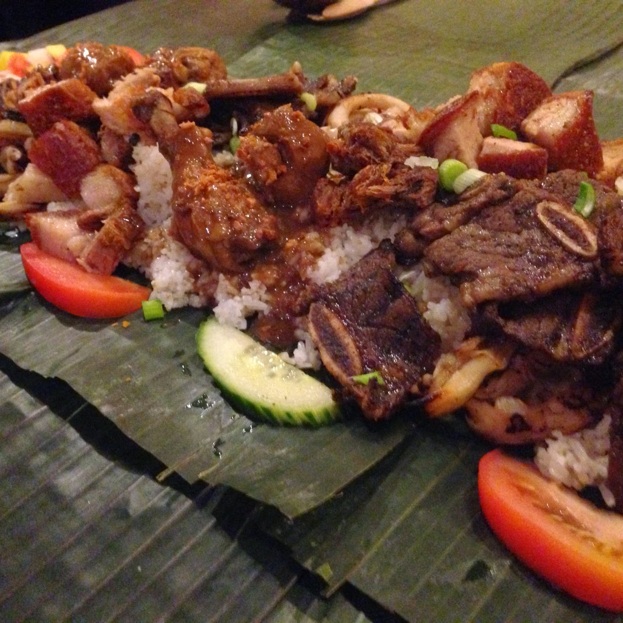 Filipino table setting - Creating The Filipino Kamayan Eating With Your Hands Experience At Home