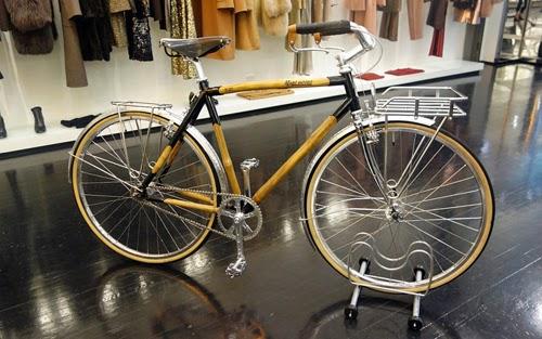 マーク・ジェイコブスは、耐久性に優れ、環境に優しいバンブーバイクをNYCでデビューさせた。
