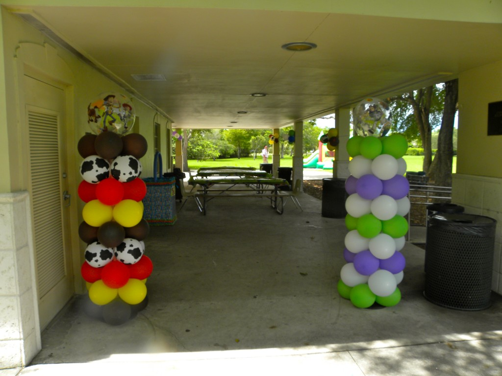 Adornos con globos para fiestas fiestas y todo eventos for Decoracion e