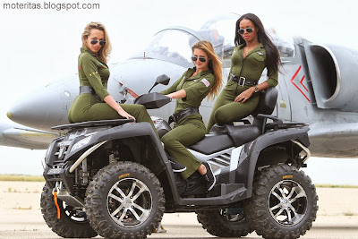 atv-cfmoto-Girl-Galleries-SUV-military-green-plane-jet-hangar-photography-hd